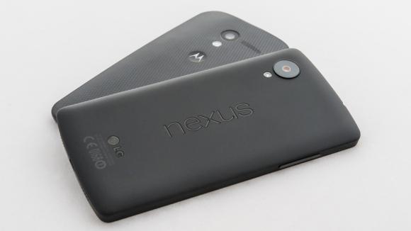 nexus-5-vs-moto-x