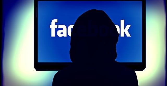 facebook-apps-poke-camera-removed.jpg