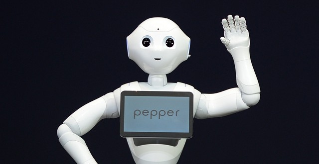 softbank_pepper_robot_available_to_consumers_japan.jpg