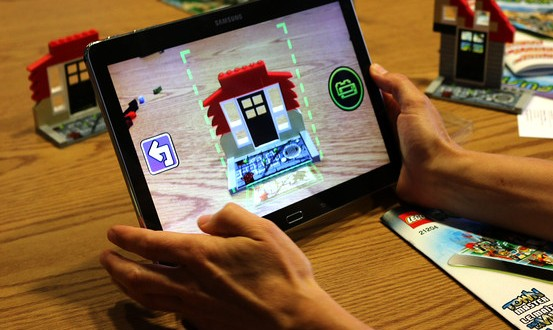 LEGO Fusion Allows Virtual World Building With Actual LEGOs