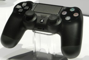 ps4_dualshock4_controller_works_wirelessly_with_ps3.jpg