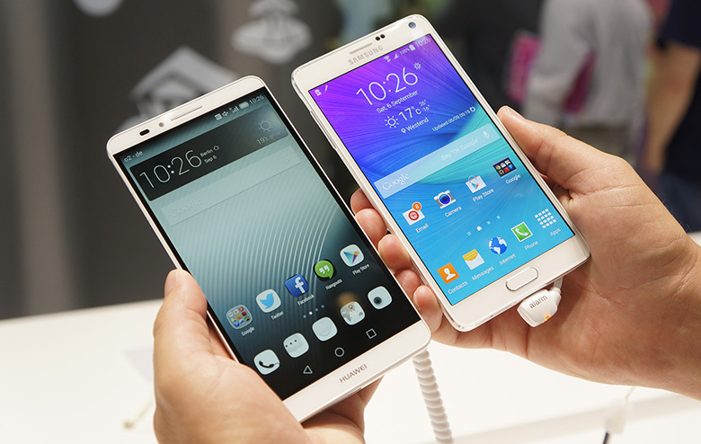 Samsung-Galaxy-Note-4-vs-Huawei-Ascend-Mate-7