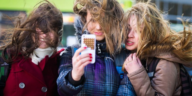 Selfies are a health hazard in Russia