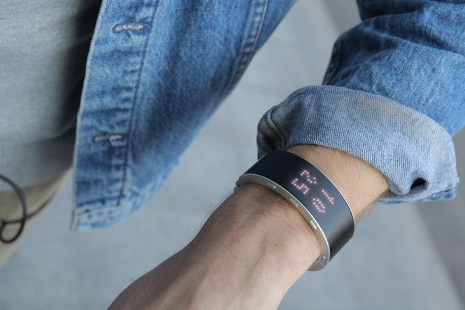 .klatz smart bracelet