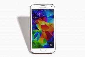Samsung Galaxy Phone S5. Photo: Josh Valcarcel/WIRED