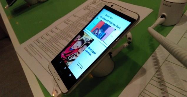 HTC Desire 820 sample