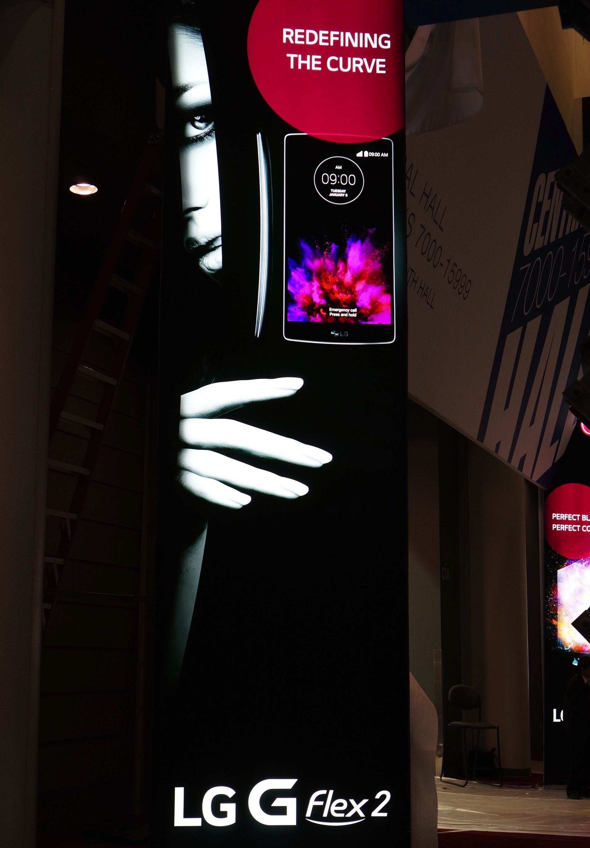 lg-g-flex-2-poster-in-the-wild-ces-2015